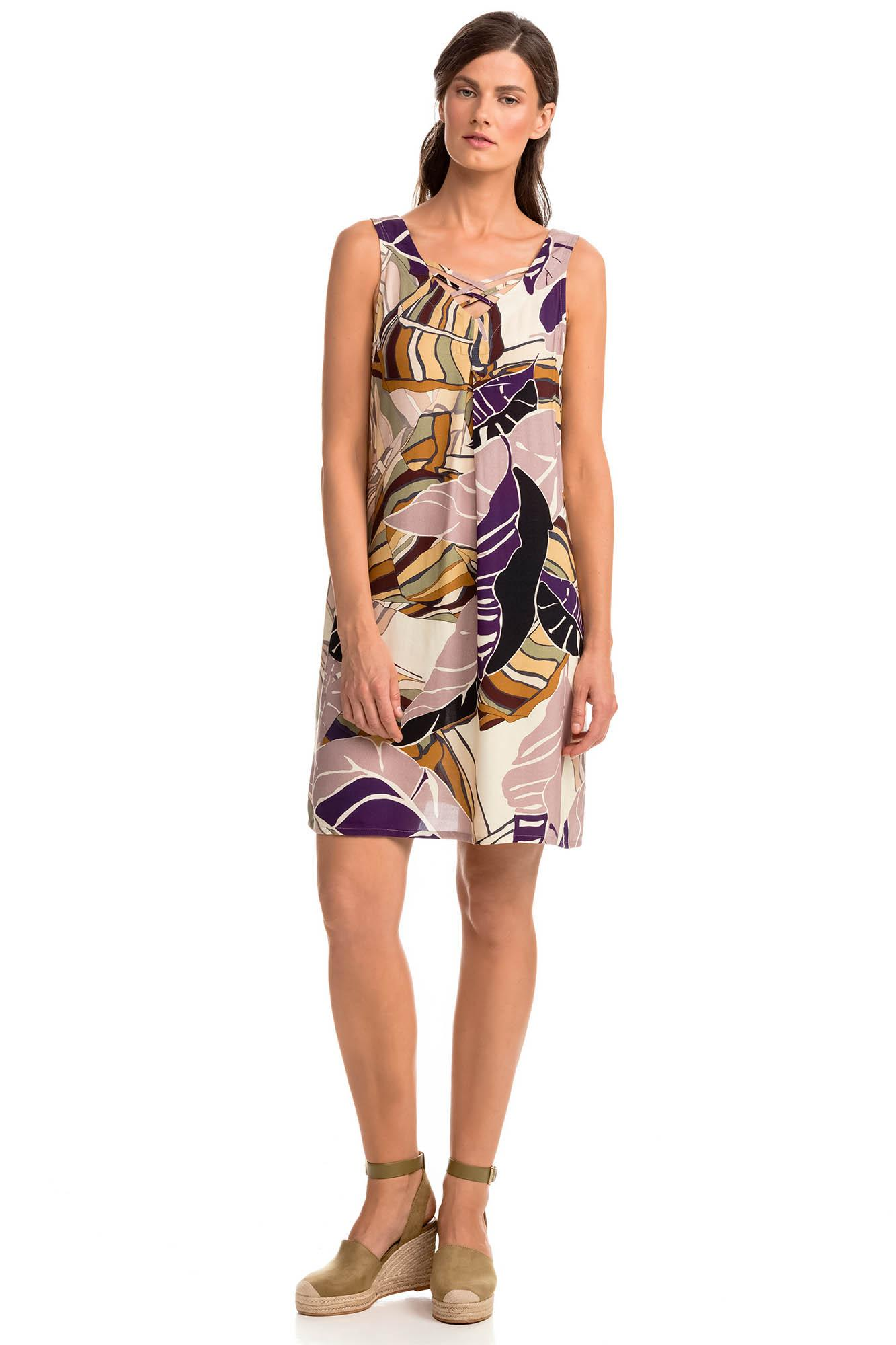 Sleeveless Print Dress Sleeveless print dress with lightweight, airy feel from non stretch fabric, perfect choice for a walk in town and at the beach. Composition: 100% Viscose.