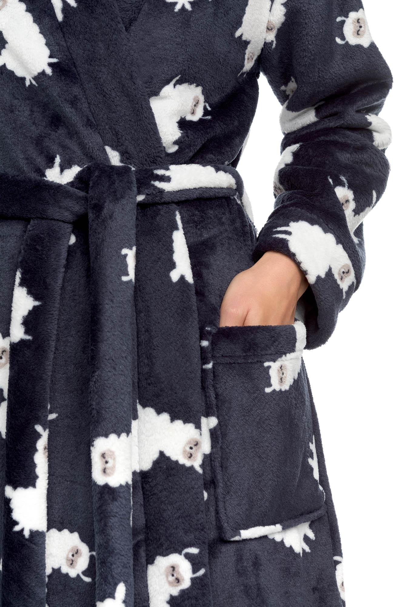 "Women's Fleece Robe ""Lama"""