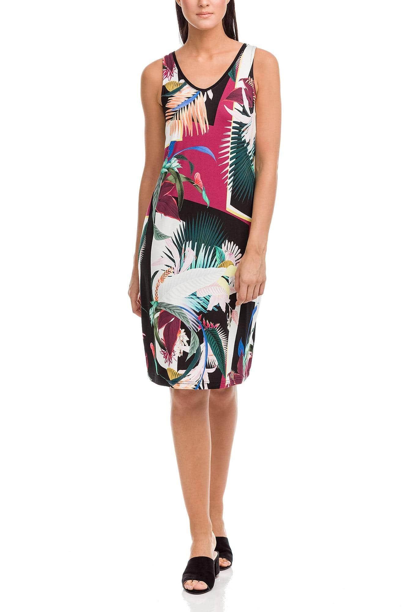 Φόρεμα Abstract Plus Size