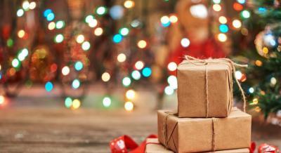 Συμβουλές για χριστουγεννιάτικα δώρα για εκείνη